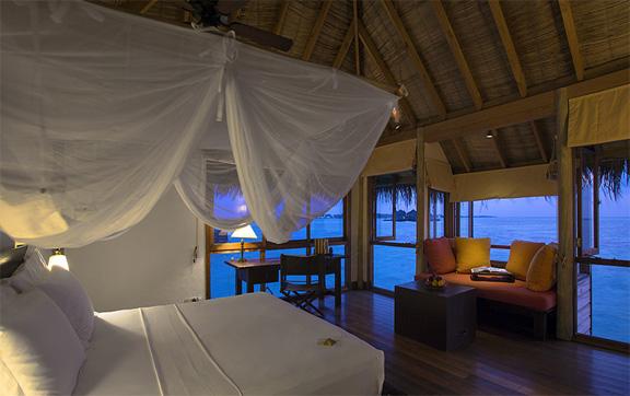 Gili-Lankanfushi-Maldives-Water-Villa-Bedroom