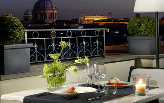 The-First-Luxury-Art-Hotel-Rome-Dining-View