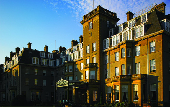 Gleneagles-Hotel-Scotland-UK-Exterior-of-the-hotel-building