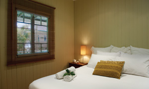 gwingarra-lifestyle-retreat-queensland-heritage-room