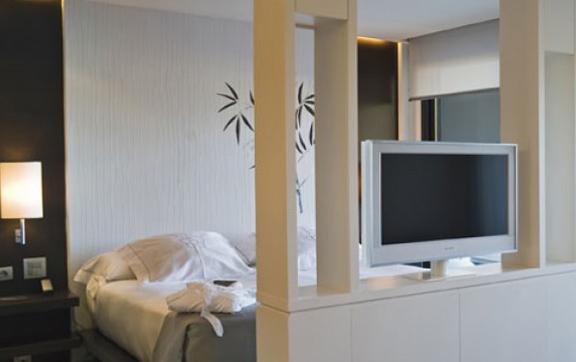 sha-wellness-spain-deluxe-suite, sha wellness clinic