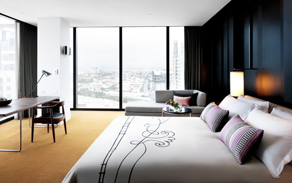 crown-metropol-melbourne-room