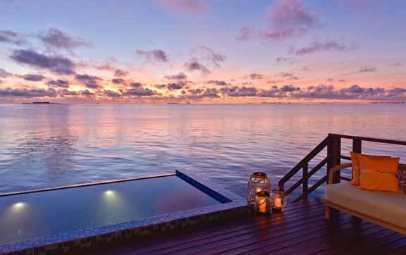 grand-park-kodhipparu-malidves-lagoon-pool-water-villa