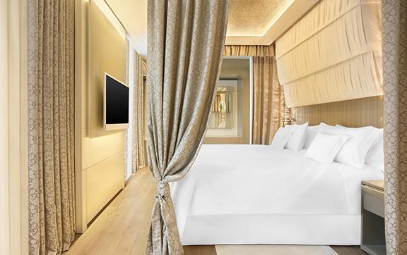 Gallia Suite Bedroom