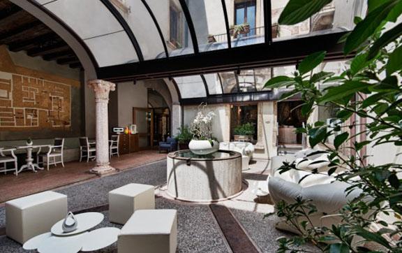 Palazzo Victoria Lounge