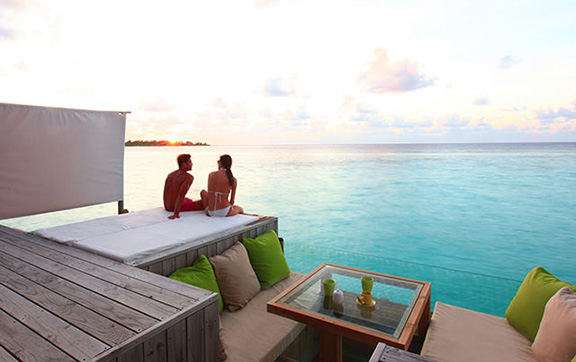 six_senses_laamu_room-laamu-water-villa