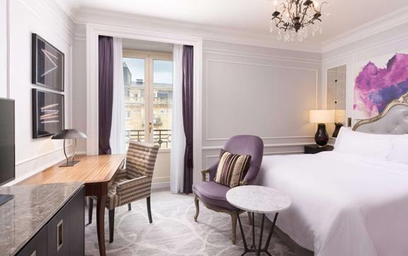 2-deluxe-room-garden-view