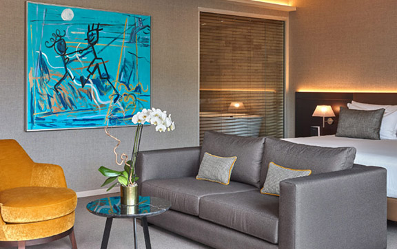 7 Studio-suite-with-terrace