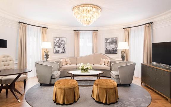 9-royal-suite