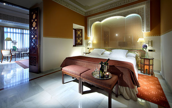 hotel-alhambra-palace-junior-suite