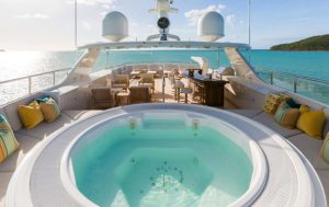 mim-private-yacht-pool