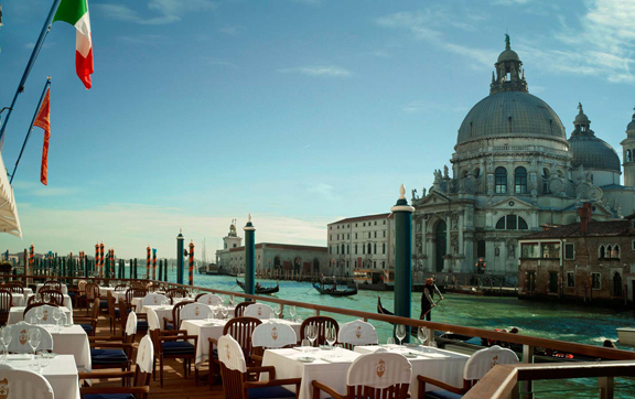 Hotel-Gritti-Palace-Venice-Italy-Dining-Club-del-Doge-Restaurant-Terrace