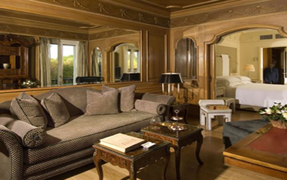 Hotel-Hassler-Roma-Rome-Italy-Room-Suite-Living-Room