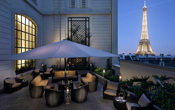 Shangri-La-Hotel-Paris-Terrace-Eiffle-Tower-View