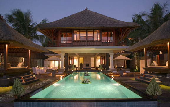 The-Legian-Bali-Beach-House-Exterior