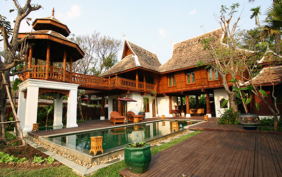 The Grand Deluxe Villa with a Private Pool at Dara Devi Chang Mai