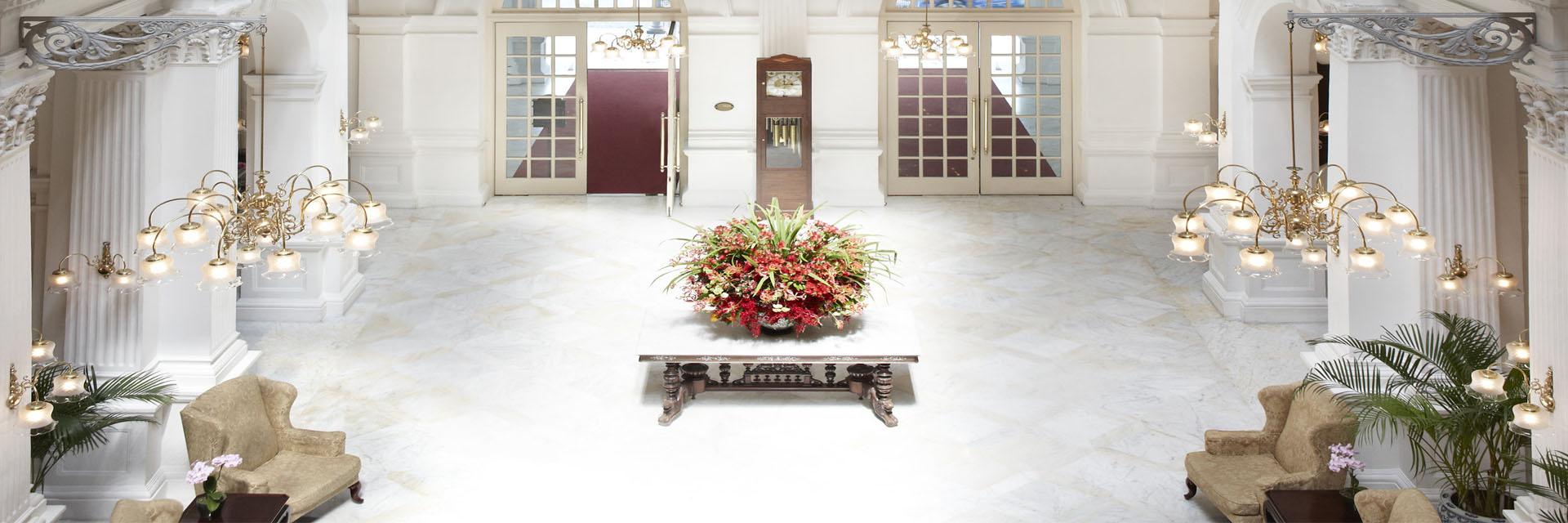 raffles-singapore-lobby