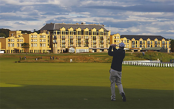 Old-Course-Hotel-St-Andrews-Scotland-UK-Exterior-of-the-Hotel-and-Golfing