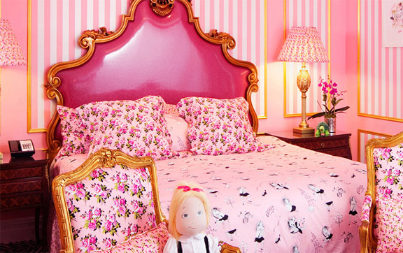 An image of the very pink One of a Kind Suite, namely Eloise at The Plaza Hotel New York, USA