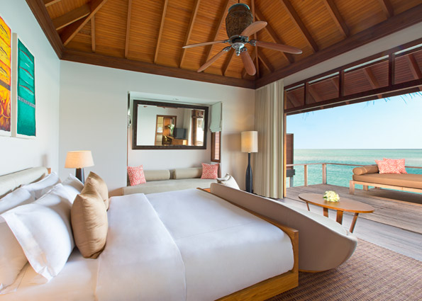 anantara_veli_maldives_deluxe_over_water_bungalow