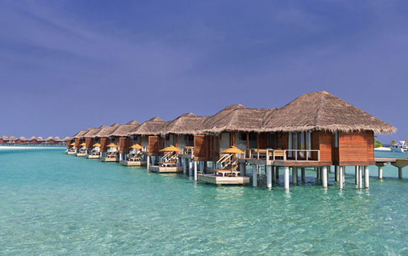anantara_veli_maldives_deluxe_over_water_bungalow_exterior