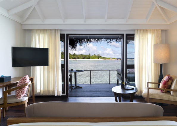 anantara_veli_maldives_superior_over_water_bungalow