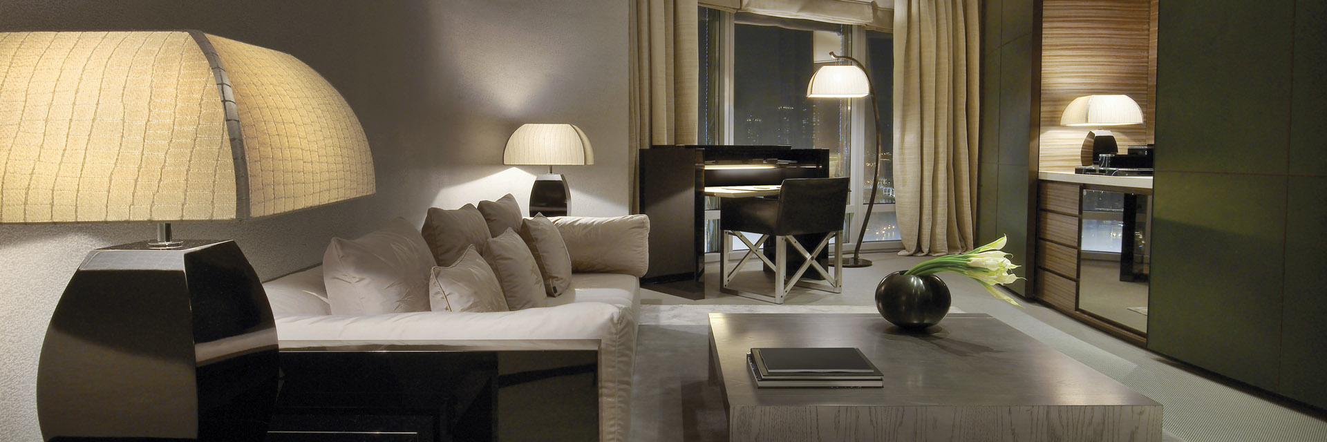armani-dubai-fountain-suite-living-room