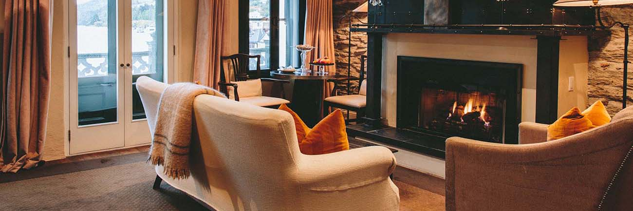 luxury-travel-accommodation-eichardts-private-hotel-queenstown-new-zealand-interior-of-suite