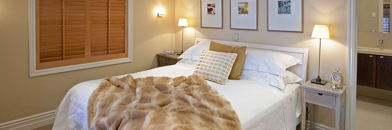 luxury-travel-accommodation-leichardts-private-hotel-queenstown-new-zealand-interior-of-suite-bedroom