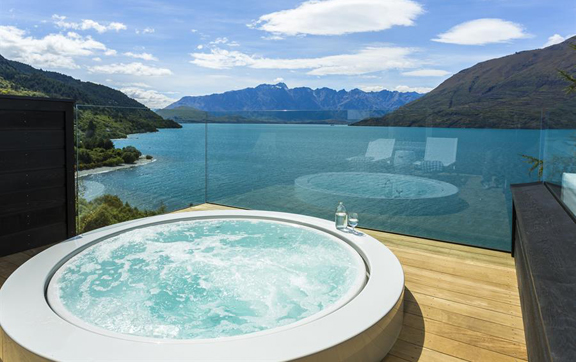 luxury-travel-accommodationmatakauri-lodge-queenstown-new-zealand-private-spa-and-view