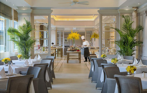 peninsula-hong-kong-dining