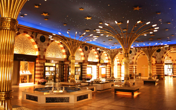 luxury-travel-destination-dubai-dubai-mall