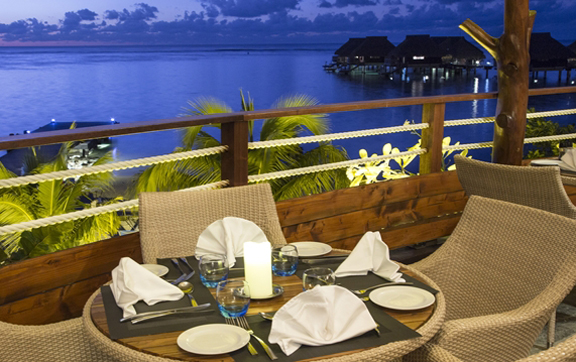 arii-vahine-restaurant-at-the-hilton-moorea-lagoon-resort-and-spa