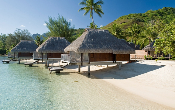 lagoon-bungalows-the-hilton-moorea-lagoon-resort-and-spa