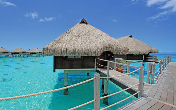 overwater-bingalows-the-hilton-moorea-lagoon-resort-and-spa