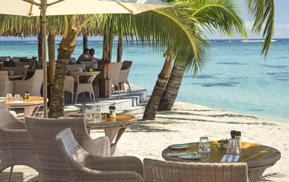 rotyui-grill-and-bar-at-the-hilton-moorea-lagoon-resprt
