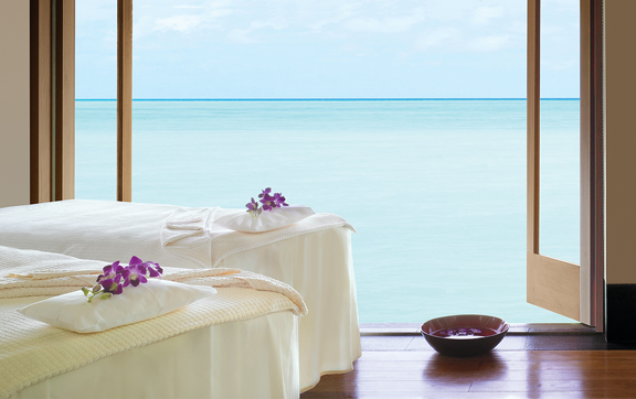One-and-Only-Reethi-Rah-Spa-room