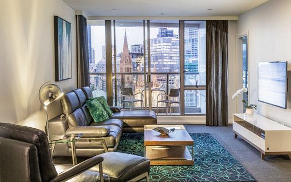 Quay West Suites Melbourne head3ok