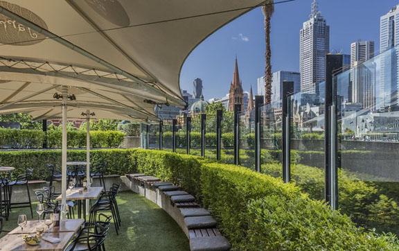 Quay West Suites MelbourneHeadok