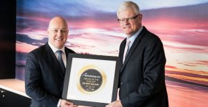AIr NZ CEO Christopher Luxon with AirlineRatings.com Editor-in-Chief Geoffrey Thomas