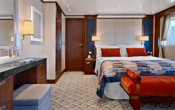 seabourn-ovation-signature-suite