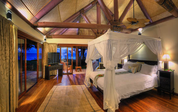 nanuku-auberge-fiji-resort-beachfront-spa-suite-interior