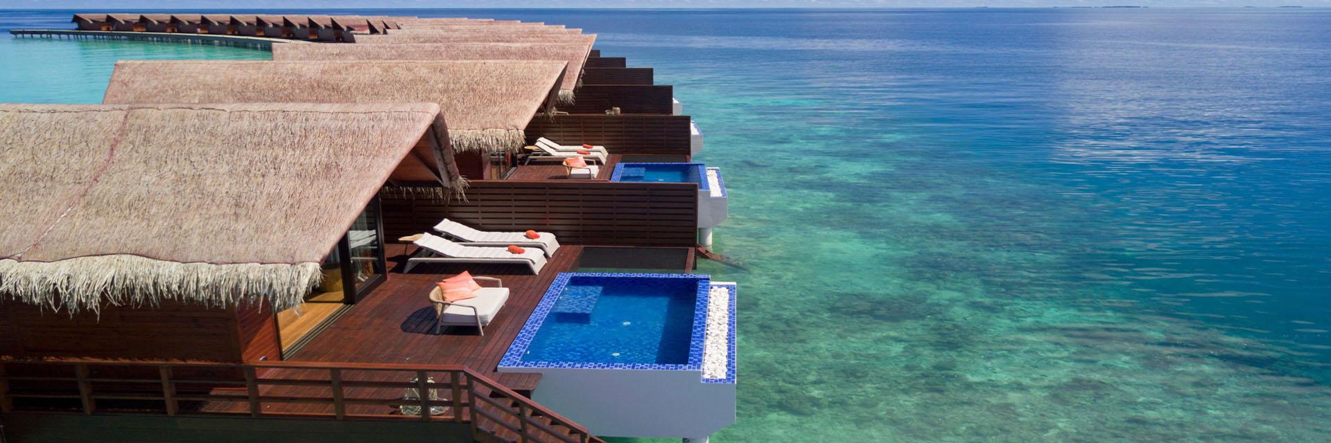 grand-park-kodhipparu-maldives-house-reef-villa