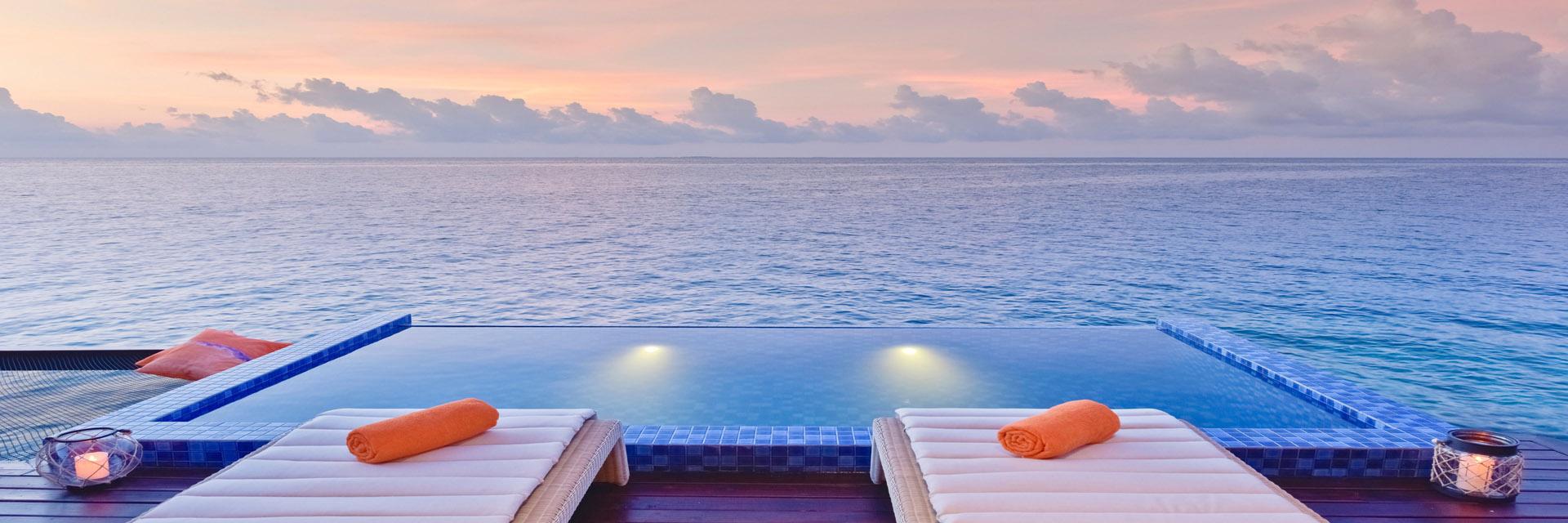 grand-park-kodhipparu-maldives-private-pool-accommodations