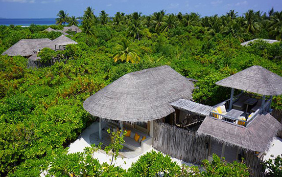 six_senses_laamu_room-ocean-beach-villa